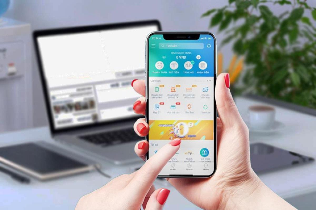 Mobile money với ví điện tử